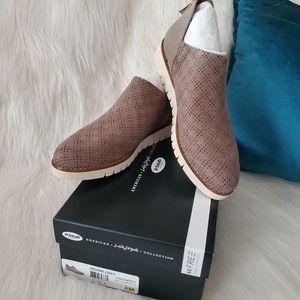 NEW Dr Scholl's Insane Perforation Slip-on Sneaker